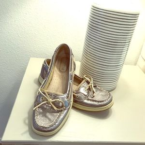 Sperry Shoes - Metallic platinum Sperry loafers